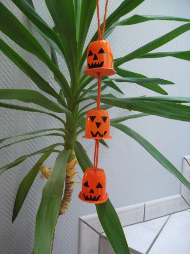 bricolage pot de yaouth halloween